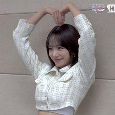 Yuri, Minnie Mouse Cartoons, Yoon Sun Young, Cute Hamsters, Cute Korean Girl, Japanese Girl Group, Anime Japan, Star Girl, Together Forever