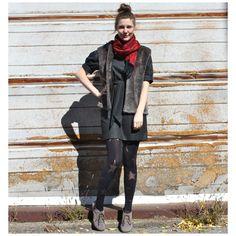 Veste en fausse fourrure (taille unique) | Mlle Frivole Mannequin, Normcore, Unique, Style, Fashion, Human Height, Moda, Stylus, Fasion