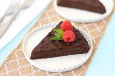 Fudgy Flourless Chocolate Cake Recipe | Hungry Girl