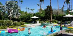 Blogger Dani Hampton shares her Palm Spring vacation tips
