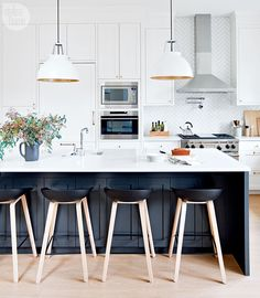 A VANCOUVER FAMILY REMODELS THEIR STARTER HOUSE INTO THEIR DREAM HOME