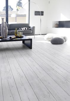 Flooring really is the foundation of a lovely room - Roseann H. Popp Home Grey Floorboards, Light Grey Wood Floors, Grey Wooden Floor, White Oak Floors, Light Wooden Floor, Gray Floor, Pvc Flooring, Grey Flooring, Wooden Flooring