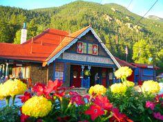 Pikes Peak COG Railway in Manitou Springs.  http://www.cograilway.com/