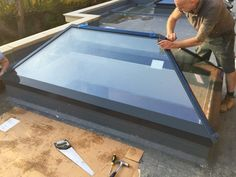 Installation of Lantern Roof Modern Lantern Roof / Glass Roof / Treble Glazed / Contemporary / Orangery / Fibre Glass Roof / Sky Pod / Seemless Roof Light / Glazed Lantern / Anthracite Grey Sky Pod www.nationalwindowsystems.co.uk Contact us for a quotation, 01325 381630 or via sales@nationalwindowsystems.co.uk