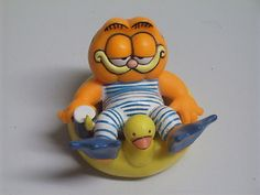 Vintage PVC Garfield the Cat Swimmer with Duckie Inner Tube