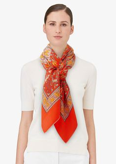 Chasse en Inde | Ref. : H241747S 51 orange/rose poudré/kaki | Shawl in 70% cashmere and 30% silk (140 x 140 cm)