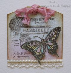 Butterfly tag using an Inkylicious Stamp.