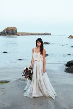 Barefoot Beach Bride Elegance on the Cornish Coast | Photography by http://www.sarahfalugo.com/