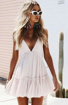 20 Casual Summer Dresses for Women Sundresses Classy Simple Cute Outfits - Lifes. Sun sun dresses plus size sun dresses with sleeves sundress outfits sundresses dresses sundresses for weddings dresses sundresses Wedding Invitations Trends 2019 Summer Dress Outfits, Spring Outfits, Sundress Outfit, Outfit Ideas Summer, White Summer Dresses, Short Spring Dresses, Boho Chic Outfits Summer, Boho Sundress, Cute Dress Outfits