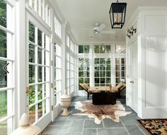Gorgeous Indoor Porch So Full Of Natural Light Hamptons Style Homes The