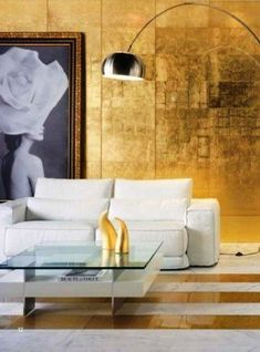 Golden interior gold living room deco gold glass wall tiles - verre eglomise Love this for a small space or apartment. Decor, Gold Walls, Contemporary Tile, Living Room Designs, Gold Interior, Living Room Tiles, Home Decor, Colorful Interiors, Gold Living Room