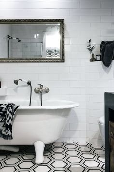 Bathroom decor info: Are you amongst the millions of your property through interior design? You aren't alone, and also this article was designed exclusively for your situation. The recommendations is simply what you must get started! Wc Bathroom, Modern Bathroom Tile, Simple Bathroom, Bathroom Fixtures, Bathroom Ideas, Bathroom Styling, Bathroom Renovations, Amazing Bathrooms, Interior Design