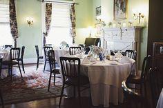 Washington DC Wedding Hotel Tabard Inn 2 550x366 Relaxed Intimate Wedding Reception in Washington DC: Carolyn + David