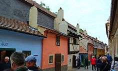 https://flic.kr/p/HAJTad | SAM_4853 | The Golden Lane in #Prague, #Czech #goldenlane