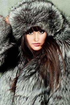 Silver fox fur parka like it, love it, pin it, share it! #silverfox #furonline #furfashion