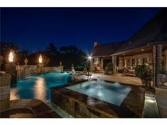 Magnificent pool with spa and water features