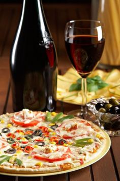 Pair Wine with Pizza - a Guide to Pairing