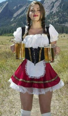 German Girls, German Women, Goth Girl Costume, Octoberfest Girls, Beer Maid, Chica Punk, Blake Lovely, Hot Country Girls, Beer Girl