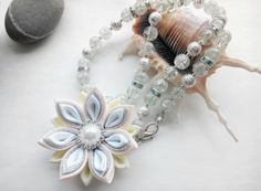 White toddler necklace / Dress up necklace / Girlspink necklace / Flower Girl Necklace/Baby necklace / Christmas necklace d flower 1,97 inches   The chain is roughly 18 inches