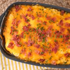 Side dish recipes 56787645291291784 - This is the perfect side dish for any holiday or potluck gathering because it serves a crowd and because it tastes like twice-baked potatoes. Simply, prep, dump, and bake. Potluck Side Dishes, Potato Side Dishes, Side Dishes Easy, Vegetable Dishes, Side Dish Recipes, Vegetable Recipes, Side Dishes For Brisket, Holiday Side Dishes, Twice Baked Potatoes Casserole