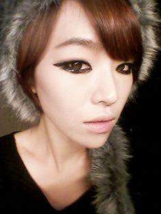 son ga in monolid makeup look. #gain #kpop