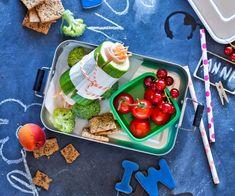 Gurken-Sandwich Sandwiches, Dessert, Plastic Cutting Board, Cherry, Fruit, Food, Animation, Vegetarian Menu, Eat