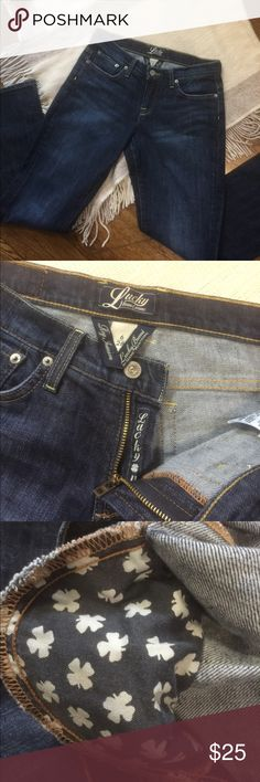 🎊Host Pick🎊 Lucky Brand Easy Rider Bootcut Jeans Lucky Brand Easy Rider Boot Cut Jeans Dark Wash Style 7W10677 Size 6/28 inseam 32 These have some stretch  98%Cotton 2%Spandex Lucky Brand Jeans Boot Cut
