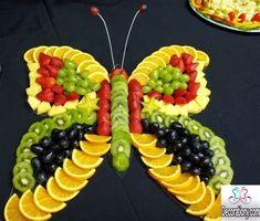 Fruits Decoration, Salad Decoration Ideas, Salad Design, Fruit Creations, Food Art For Kids, Creative Food Art, Food Carving, Food Garnishes, Garnishing