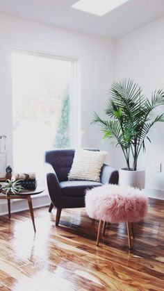 Decorating with plants and flowers to transform your house