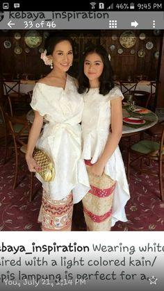 Kebaya Lace, Kebaya Dress, Batik Kebaya, Batik Dress, Lace Dress, Ball Gowns Evening, Formal Evening Dresses, Simple Dresses, Nice Dresses