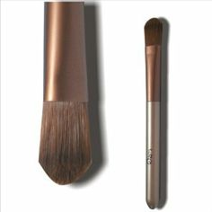 Foundation brush / BB cream brush / Liquid foundation cream makeup brush by taoli. $7.00. Use:Face. Style:foundation brush. Brush Material:Synthetic Hair. Handle Material:Wood. use for:BB cream, liquid foundation. 1.Cosmetic Brush make you much more beautiful 2.Smooth hair and convenient to use 3.Unique and exquisite design 4.It is an important beauty essential for you 5.It is suitable for each wise customer Shipping and Handling Fee  Please note that we are a Chi...