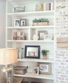 Adorable Farmhouse Dining Room Ideas [Simply and Timeless] – Bookshelf Decor Decoration Bedroom, Decoration Design, Diy Home Decor, Wall Decor, Home Living Room, Living Room Designs, Living Room Decor, Decor Room, Diy Interior