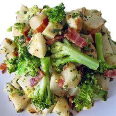 Baked Bacon Recipe, Oven Baked Bacon, Bacon Recipes, Roasted Turnips, Baking Logo Design, Bacon Bits, Bite Size, Broccoli, Side Dishes