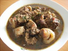 GOAT MEAT PEPPER SOUP: *500 g Goat meat...cut into small sizes *2 spoonful Ground pepper soup spices     *Habanero/Chilli Pepper/ (to taste) *2 teaspoonful Dry Uziza/basil leaves (optional) *1 tablespoonful of ground Crayfish *2 Stock cubes /seasoning cubes(maggi or knorr e.t.c) *1 medium Onion bulb(chopped) * Salt - to taste *Water (as needed)  If you would be using assorted parts of the Goat, check out this assorted meat pepper soup recipe to guide you on how to cook the different parts.