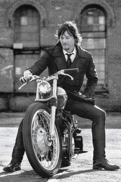 likes. All things Zombie & Walking Dead related. Lots of Daryl Dixon (aka Norman Reedus) too! The Boondock Saints, Daryl Dixon, Norman Reedus, The Walk Dead, The Walking Dead 3, Marvel Dc, Estilo Cafe Racer, Beautiful Men, Beautiful People