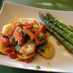 Citrus Basil Shrimp Sautéed with Red Peppers, Green Onions, Grape Tomatoes & Yellow Squash served with Steamed Asparagus and Green Garlic Dressing