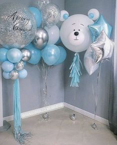 We're here to help you pick the perfect blue baby shower gown! Just like pink, blue is an extremely popular baby shower theme color. Boy Baby Shower Themes, Baby Shower Balloons, Baby Boy Shower, Baby Shower Gifts, Spongebob Birthday Party, Baby Boy Birthday, Balloon Decorations, Birthday Decorations, Wedding Scene