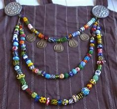 Viking reproduction jewelry with brooches