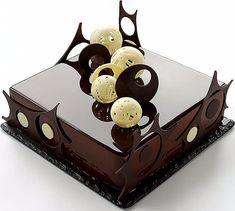 Este posibil ca imaginea să conţină: mâncare Creative Cake Decorating, Cake Decorating Techniques, Creative Cakes, Chocolate Delight, Chocolate Art, Chocolate Garnishes, Chocolate Desserts, Beautiful Desserts, Cute Desserts