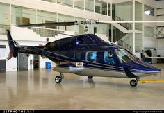 Bell 222B Helicopter