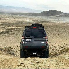 The Discovery 4 in spectacular surroundings. Source: @sackwear #landrover #discovery4 #LR4 #discovery #landroverdiscovery #landroverphotoalbum #4x4 #offroad