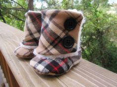 Baby Boots Brown/Black/Red Plaid The Burberry by BootsbyBecca Baby Fall Fashion, Kids Fashion, Baby Boots, Baby Girl Shoes, Burberry Boots, Burberry Plaid, Burberry Baby Girl, Cute Babies, Baby Kids