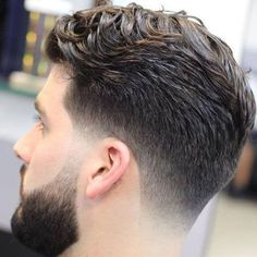 The Taper Fade Haircut - Types of Fades - Men's Hairstyles and Haircuts Haircuts For Wavy Hair, Hairstyles Haircuts, Haircuts For Men, Straight Hairstyles, Hipster Haircuts, Medium Hairstyles, Classic Mens Hairstyles, Hairdos, Mens Hairstyles Fade