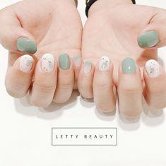 Móng xinh, trong veo phong cách Nhật Bản 🇯🇵🇯🇵🇯🇵 ____________________________________________ 🌵Book lịch để làm móng xinh, style Hàn quốc mà… Cute Nails, Pretty Nails, Hair And Nails, My Nails, Natural Color Nails, Neutral Nail Art, Korean Nail Art, Nails First, Minimalist Nails