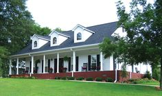 <!-- Generated by XStandard version 2.0.0.0 on 2010-12-07T11:57:48 --><ul><li>This Southern-inspired house plan contains just about everything a homeowner could want in a single-story house plan.</li><li>The plan spreads across two porches to three big bedrooms and an enormous living area comprised of large great room, kitchen and dining room. The traffic patterns encourage family togetherness but allow for privacy.</li><li>Visitors enter into the foyer with a powder room off to the side…