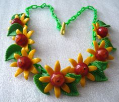 Vintage early plastic yellow flowers and leaves chain necklace - pop art