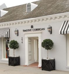 Awnings and planters Entrance Ideas, La Dolce Vita, Fixer Upper, Facade, Stripes, Outdoor Structures, Black And White, Chic, Outdoor Decor