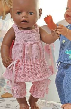 baby dolls clothes knitting patterns - doll night clothes - pyamas and night gowndolls girls Click Visit link above to read more - Caring For Your Collectable Dolls.What You Need To Know About Weight Control For Children? Knitting Dolls Clothes, Crochet Doll Clothes, Knitted Dolls, Baby Clothes Patterns, Baby Knitting Patterns, Clothing Patterns, Crochet Pattern, Baby Born Clothes, Girl Doll Clothes
