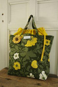 Kauppakassi Korit, Sewing Ideas, Sewing Projects, Felt Food, Diy Bags, Diaper Bag, Patterns, Jeans, Handmade