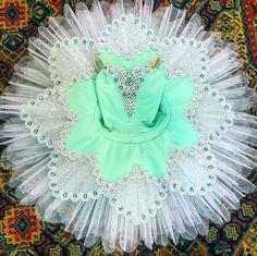 Loving this fresh colour combination for Summer& new tutu. Ballet Tutu, Ballet Dance, Ballet Shoes, Tutu Costumes, Ballet Costumes, Ballet Russe, Green Tutu, Dance Dreams, Dance Shirts